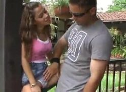 Spankbang brasileirinha dando pro titio