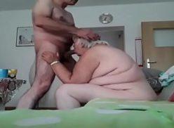Videos gays coroa bem safado chupando seu amigo