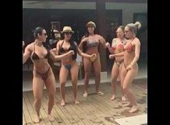 Mulheres casadas malhando e mostrando que são gostosas