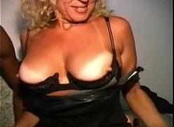Porno com loira amadora dando pra geral