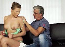 Video porno boquete pro velho tarado da academia