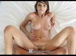 Videos sexo novinha fode na entrada do ano novo